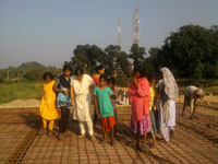 Children_at_Building_002